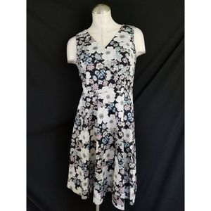 Ann Taylor Size 6P Floral Dress Sleeveless A-Line